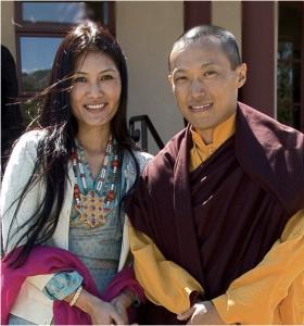 La Sakyong Wangmo, Khandro Tseyang et le Sakyong Mipham Rinpoché.